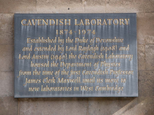 Cavendish-plaque_retouch_b.jpg